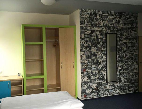 Room 4:12,97 - Jan Bidrman
